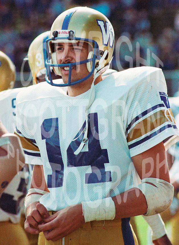 Scott Flagel Winnipeg Blue Bombers 1983. Copyright photograph Scott Grant