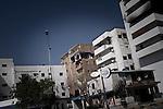 Remi OCHLIK/IP3 PRESS - On august, 27, 2011 In Tripoli - Signs of fighting on buildings
