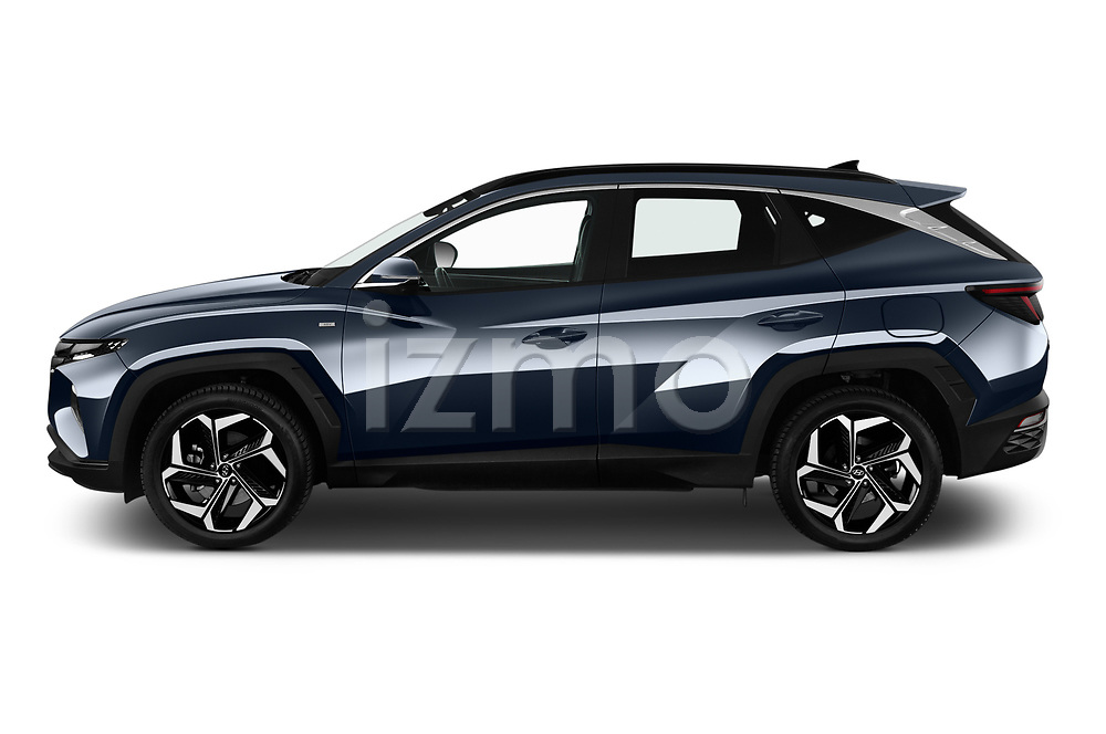 Car Driver side profile view of a 2021 Hyundai Tucson Shine 5 Door SUV Side View