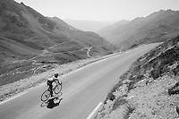 Steven Kruijswijk (NLD/LottoNL-Jumbo) down the Col du Tourmalet (HC/2115m/17km/7.3%)<br /> <br /> st11: Pau - Cauterets (188km)<br /> 2015 Tour de France