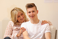 Pictured: Helen Humphreys with son Llew in Carmarthen, Wales, UK<br /> Re: Diabetes UK Cymru case study.