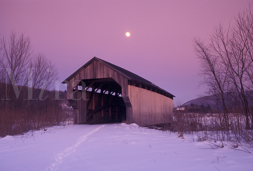 covered bridge, Cambridge, Vermont, VT, Full moon, covered bridge, snow, evening, winter.