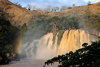 ANGOLA, Cuanza Sul, waterfall Cachoeiras do Binga no Rio Keve
