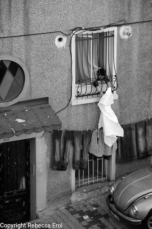 Back street scene in Beyoglu, Istanbul, Turkey