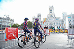 Canyon/SRAM Racing at sign on before the start of Stage 3 of the CERATIZIT Challenge by La Vuelta 2020, running 98.6km around the streets of Madrid, Spain. 8th November 2020.<br /> Picture: Antonio Baixauli López/BaixauliStudio | Cyclefile<br /> <br /> All photos usage must carry mandatory copyright credit (© Cyclefile | Antonio Baixauli López/BaixauliStudio)