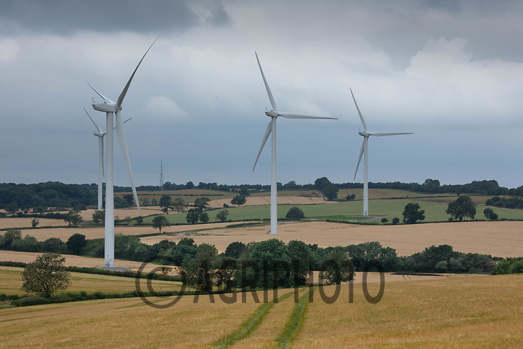 Win turbines  Northamptonshire <br /> ©Tim Scrivener Photographer 07850 303986<br />      ....Covering Agriculture In The UK....