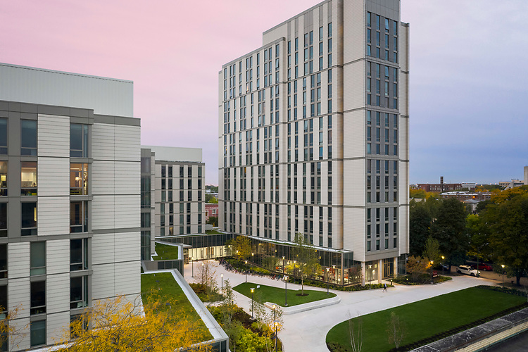 The University of Chicago College Woodlawn Residential & Dining Commons   Elkus Manfredi Architects