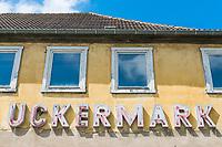 Haus Uckermark vor der Renovierung, Marktplatz, Angermünde, Uckermark, Brandenburg, Deutschland