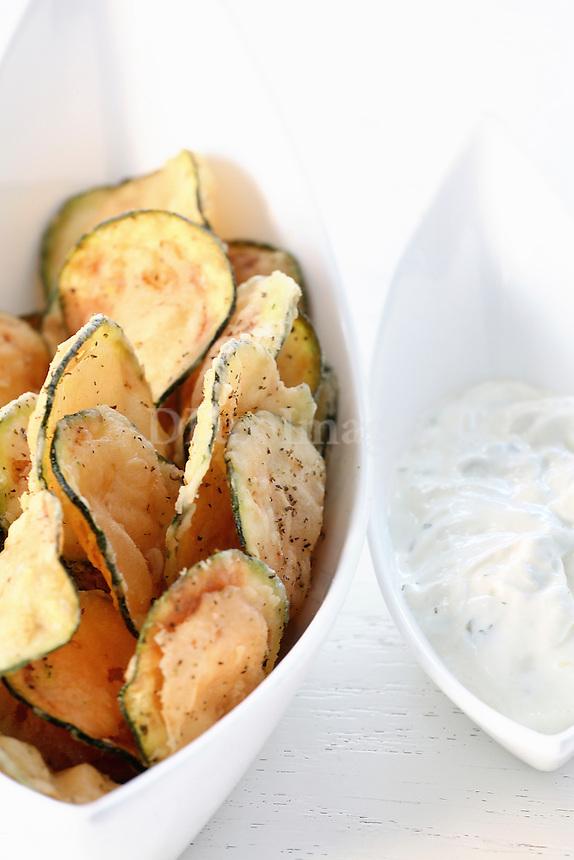 Fried zucchini chips with tzatziki