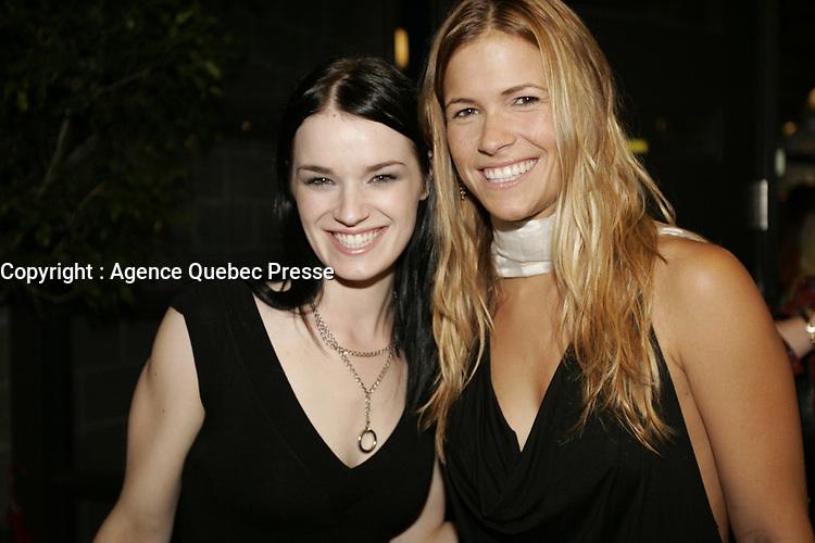 Ima et andree watters a la Premiere de Notre-Dame-de-Paris, fevrier, le 5 2005<br /> <br /> PHOTO : Agence Quebec Presse