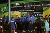 Das Team von Brasilien steigt in den Teambus