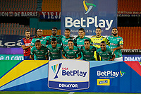 MEDELLIN - COLOMBIA, 25-02-2021: Jugadores del Cali posan para una foto previo al e partido por la fecha 9 entre Deportivo Independiente Medellín y Deportivo Cali como parte de la Liga BetPlay DIMAYOR I 2021 jugado en el estadio Atanasio Girardot de la ciudad de Medellín. / Players of Cali pose to a photo prior Match for the date 9 between Deportivo Independiente Medellin and Deportivo Cali as part of the BetPlay DIMAYOR League I 2021 played at Atanasio Girardot stadium in Medellin city. Photo: VizzorImage / Donaldo Zuluaga / Cont