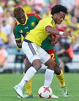 Colombia's Juan Guillermo Cuadrado (r) and Cameroon's Jonathan Ngwem during international friendly match. June 13,2017.(ALTERPHOTOS/Acero) (NortePhoto.com) (NortePhoto.com)