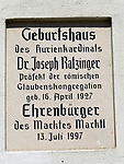 Deutschland, Bayern, Oberbayern, Marktl am Inn, Marktplatz 11 - Geburtshaus von Dr. Joseph Ratzinger - Papst Benedikt 16. | Germany, Bavaria, Upper Bavaria, Marktl am Inn, birthplace of Dr. Joseph Ratzinger - Pope Benedict 16.