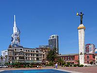 Europaplatz mit Statue der Medea und ehemalige Universität, Batumi, Adscharien - Atschara, Georgien, Europa<br /> former university, Europe Square with statue of Medea, Batumi, Adjara,  Georgia, Europe