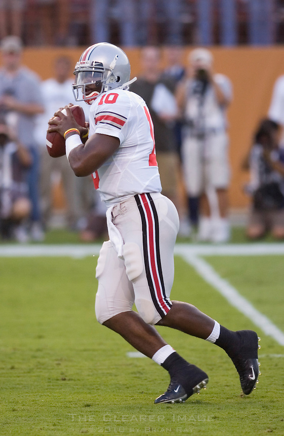 09 September 2006: Ohio State quarterback Troy Smith prepares to launch a pass down field during the Buckeyes 24-7 victory over the Texas Longhorns at Darrell K Royal Memorial Stadium in Austin, TX.