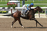 "Emma's Encore with Junior Alvarado up score a major upset for trainer Allen ""THe Giant Killer"" Jerkins at 39 - 1 in the Grade III Victory Ride for 3-year old fillies going six fulongs at Belmont Park.   TrainerH. H. Allen Jerkins.  Owner Brenda Mercer and Peter Berglar."
