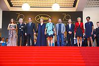 Jacques DOILLON, Vincent LINDON, Izia HIGELIN avec l'equipe du film sur le tapis rouge pour la projection du film RODIN lors du soixante-dixième (70ème) Festival du Film à Cannes, Palais des Festivals et des Congres, Cannes, Sud de la France, mercredi 24 mai 2017. Philippe FARJON / VISUAL Press Agency