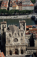 Europe/France/Rhône-Alpes/69/Rhône/Lyon: Vieux Lyon - Primatiale Saint-Jean-Baptiste et les quais de Saône