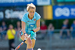 GER - Mannheim, Germany, May 05: During the women field hockey 1. Bundesliga match between Mannheimer HC (red) and Uhlenhorster HC Hamburg (light blue) on May 5, 2018 at Am Neckarkanal in Mannheim, Germany. Final score 1-3. (Photo by Dirk Markgraf / www.265-images.com) *** Local caption *** Eileen Hoffmann #11 of Uhlenhorster HC Hamburg