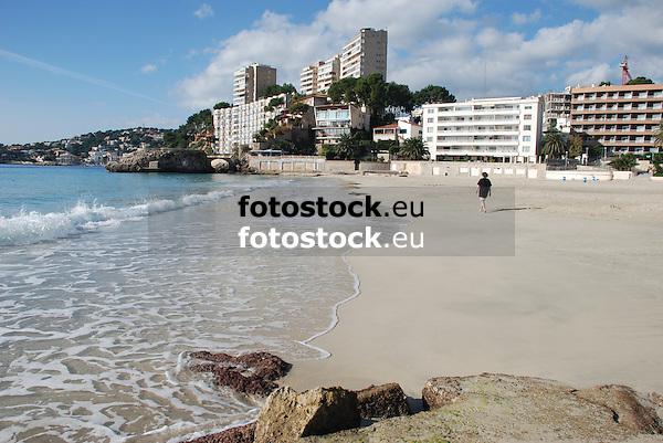 empty beach of Cala Major in winter<br /> <br /> playa vacía de Cala Major en invierno<br /> <br /> leerer Strand von Cala Major mim Winter<br /> <br /> 3872 x 2592 px