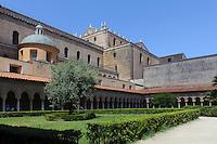 Kreuzgang Chiostro dei Benedettini beim Dom in Monreale, Sizilien, Italien, UNESCO-Weltkulturerbe