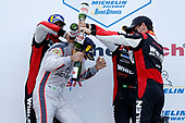 #7 Acura Team Penske Acura DPi, DPi: Helio Castroneves, Ricky Taylor, podium, #31 Whelen Engineering Racing Cadillac DPi, DPi: Pipo Derani, Felipe Nasr, Filipe Albuquerque, champagne