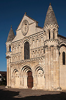 Europe/France/Poitou-Charentes/86/Vienne/Poitiers:  Eglise Notre-Dame la Grande - la façade