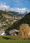 Italy, South Tyrol, Alto Adige, Dolomites, San Cristina in Val Gardena with Gran Cir and Stevia mountains | Italien, Suedtirol, Dolomiten, Groednertal, St. Christina in Groeden mit Grosser Cirspitze und dem Steviamassiv