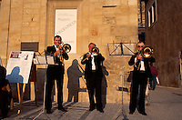 Tschechien, Prag, Altstaedter Ring, Musiker vor Haus zur Glocke, Unesco-Weltkulturerbe