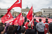 """Der tuerkische Verein """"Hacivat"""" organisierte am Montag den 15. Juli 2019 in Berlin ein Gedenken an die Opfer des Putsches am 15. Juli 2016. Die nationalistischen Erdogananhaenger (Eigenbezeichnung) und Sympathisanten der faschistischen """"Grauen Woelfe"""" stellten 251 symbolische Saerge vor dem Brandenburger Tor auf.<br /> 15.7.2019, Berlin<br /> Copyright: Christian-Ditsch.de<br /> [Inhaltsveraendernde Manipulation des Fotos nur nach ausdruecklicher Genehmigung des Fotografen. Vereinbarungen ueber Abtretung von Persoenlichkeitsrechten/Model Release der abgebildeten Person/Personen liegen nicht vor. NO MODEL RELEASE! Nur fuer Redaktionelle Zwecke. Don't publish without copyright Christian-Ditsch.de, Veroeffentlichung nur mit Fotografennennung, sowie gegen Honorar, MwSt. und Beleg. Konto: I N G - D i B a, IBAN DE58500105175400192269, BIC INGDDEFFXXX, Kontakt: post@christian-ditsch.de<br /> Bei der Bearbeitung der Dateiinformationen darf die Urheberkennzeichnung in den EXIF- und  IPTC-Daten nicht entfernt werden, diese sind in digitalen Medien nach §95c UrhG rechtlich geschuetzt. Der Urhebervermerk wird gemaess §13 UrhG verlangt.]"""