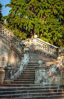 Italy; Lombardia; comunity Tremezzina: district Tremezzo on West Banks of Lake Como - staircase at Parco Civico Teresio Olivelli | Italien; Lombardei; Gemeinde Tremezzina: Ortsteil Tremezzo am Westufer des Comer Sees - Treppe im Parco Civico Teresio Olivelli