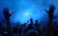 With Full Force XVI Festival Open Air - Roitzschjora / Löbnitz bei Leipzig - 26.000 metal heads join the biggest metal festival in eastern germany - ca 26.000 Besucher sind zur alljährlichen Ohrenmassage auf dem Segelflugplatz erschienen- im Bild: Feature Gesten ( gestures of the Fans ) der Fans vor der Bühne . Foto: Norman Rembarz..
