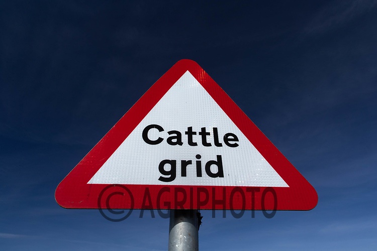 26-4-2021 Cattle grid warning sign<br /> ©Tim Scrivener Photographer 07850 303986<br />      ....Covering Agriculture In The UK....