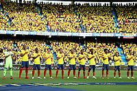 BARRANQUILLA – COLOMBIA, 10-10-2021: Jugadores de Colombia (COL) posan para una foto antes del partido entre los seleccionados de Colombia (COL) y Brasil (BRA), de la fecha 12 por la clasificatoria a la Copa Mundo FIFA Catar 2022, jugado en el estadio Metropolitano Roberto Melendez en Barranquilla. / Players of Colombia (COL) pose for a photo prior a match between the teams of Colombia (COL) and Brasil (BRA), of the 12th date for the FIFA World Cup Qatar 2022 Qualifier, played at Metropolitan stadium Roberto Melendez in Barranquilla. Photo: VizzorImage / Jairo Cassiani / Contribuidor