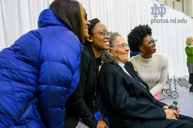 January 20, 2020; Keynote speaker Diane Nash, a leader in the 1960s civil rights movement, speaks with and takes photos with students following the 2020 Martin Luther King Jr. Celebration Luncheon. (Photo by Matt Cashore/University of Notre Dame)