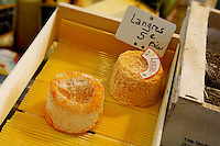 organic farm goats cheese. Langres. Honfleur market France