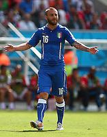 Daniele De Rossi of Italy gestures in frustration