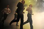 BÊTES DE SCENE<br /> <br /> Chorégraphie Jean-Christophe Bleton assisté de Marina Chojnowska<br /> Avec Lluis Ayet, Yvon Bayer, Jean-Christophe Bleton, Jean-Philippe Costes-Muscat, Jean Gaudin, Vincent Kuentz, Gianfranco Poddhige.<br /> Scénographie Olivier Defrocourt<br /> Lumières Françoise Michel<br /> Création sonore Marc Piera.<br /> Compagnie : Les Orpailleurs<br /> Cadre : Fenêtres sur Créations<br /> Date : 20/10/2016<br /> Lieu : La Briqueterie - CDC du Val-de-Marne<br /> Ville : Vitry-sur-Seine<br /> © Laurent Paillier / photosdedanse.com