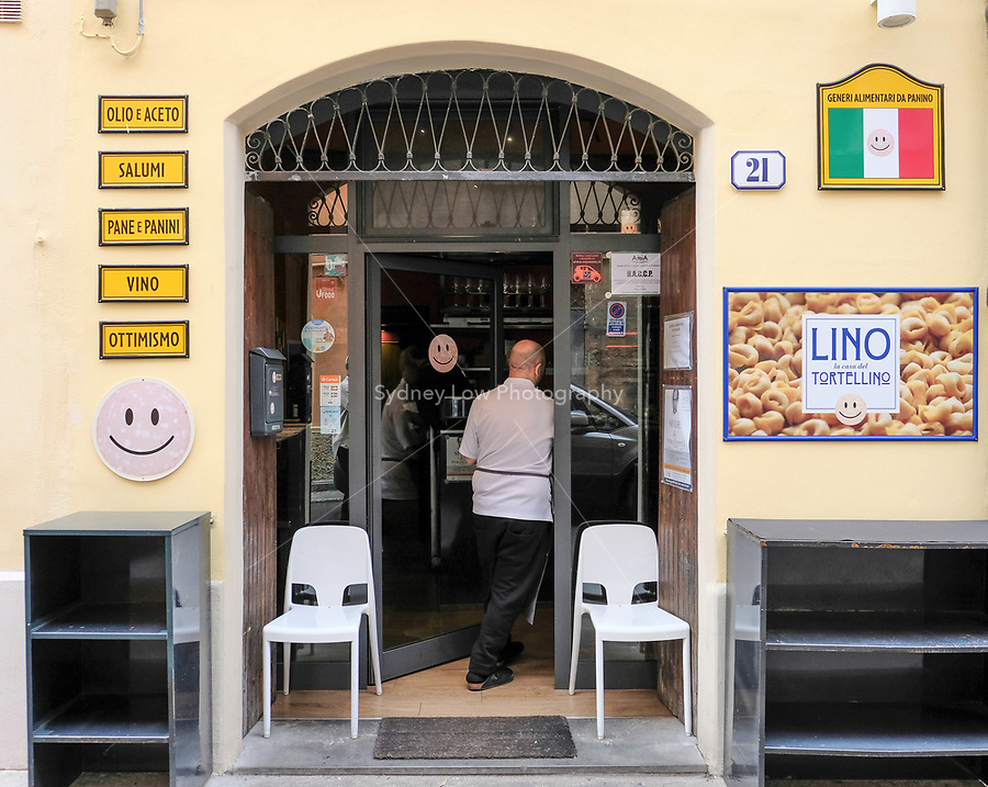 Modena, 21 February 2017 – The entrance to Da Panino in Modena. Da Panino is a wine and sandwich bar set up by the sommelier from Osteria Francescana Guiseppe (Beppe) Palmieri. Photo Sydney Low