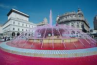 Italy turns pink mad during the Giro<br /> <br /> 2015 Giro<br /> stage 2: Albenga - Genova (177km)