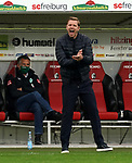 17.10.2020, Schwarzwald Stadion, Freiburg, GER, 1.FBL, SC Freiburg vs SV Werder Bremen<br /><br />im Bild / picture shows<br />Manager Frank Baumann (Bremen), Trainer Florian Kohfeldt (Bremen)<br /><br />Foto © nordphoto / Bratic<br /><br />DFL REGULATIONS PROHIBIT ANY USE OF PHOTOGRAPHS AS IMAGE SEQUENCES AND/OR QUASI-VIDEO.