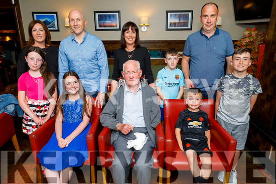 The O'Mahoney family from Tralee enjoying the evening in Gallys on Friday. Seated l to r: Megan Noonan, Paddy O'Mahoney and Conor Roche.<br /> Back l to r: Hannah and Margaret Roche, Mark and Joanne Noonan, Shane and Niall Roche and Donnchadh Noonan