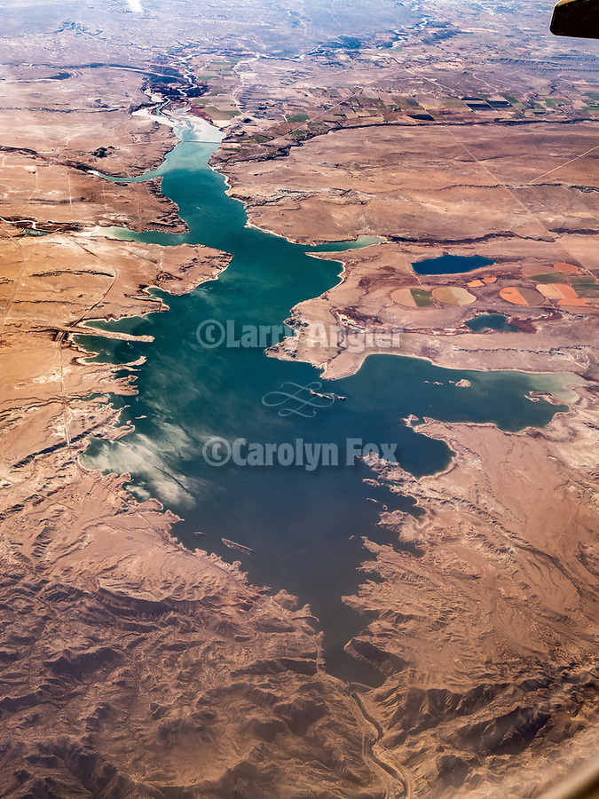 Boysen Reservoir on the Wind River, Wyoming. America's Flyover country: Chicago Midway (MDW) to Sacramento International (SMF). A window seat view in autumn