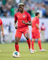CHICAGO, IL - JULY 7: Gyasi Zardes #9 during a game between Mexico and USMNT at Soldiers Field on July 7, 2019 in Chicago, Illinois.