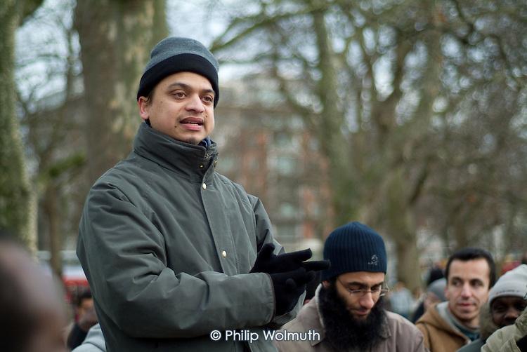 An Islamic preacher at Speakers' Corner in Hyde Park, London.