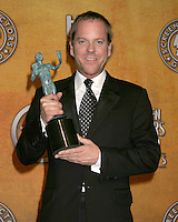 Kiefer Sutherland.12th Annual Screen Actors Guild  Awards.Shrine Auditorium.Los Angeles, CA.January 29, 2006.©2006 Kathy Hutchins / Hutchins Photo....