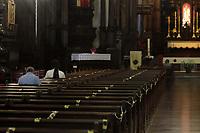 Campinas (SP), 21/02/2021 - Religiao - Movimentacao na Catedral de Campinas, interior de Sao Paulo, nesta quarta-feira (21), feriado de Tiradentes. Cultos e missas voltam a ocorrer com distanciamento e controle de acesso. (Foto: Denny Cesare/Codigo 19/Codigo 19)