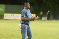 MONTERÍA - COLOMBIA ,05-10-2019:Hubert Dodhert director técnico del Once Caldas. Acción de juego entre los equipos  Jaguares de Córdoba y Once Caldas durante partido por la fecha 15 de la Liga Águila II 2019 jugado en el estadio Municipal Jaraguay de Montería . /Hubert Dodhert coach of Once Caldas. Action game between teams  Jaguares of Cordoba and Once Caldas during the match for the date 15 of the Liga Aguila II 2019 played at Municipal Jaraguay Satdium in Monteria City . Photo: VizzorImage / Contribuidor.