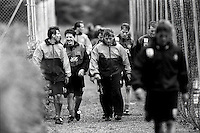 Pix:Michael Steele/SWpix...Soccer. Newcastle United training...COPYRIGHT PICTURE>>SIMON WILKINSON..Newcastle's Manager Kevin Keegan walks off from training with his team.